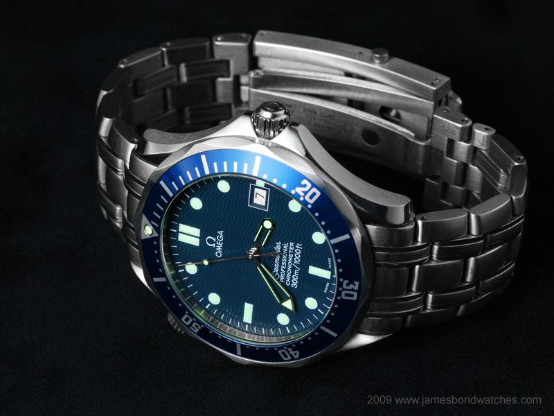 http://www.jamesbondwatches.com/images/253180/Omega-25318000-jbw007-20090323-800w.jpg